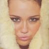 Rendőrt hívtak Miley Cyrushoz