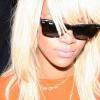 Rihanna ismét szőke lett