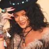 Rihanna kiállt rajongója mellett szakítása után