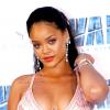 Rihanna sokkal magabiztosabbnak érzi magát pluszkilóival, mint azelőtt