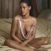 Csak úgy ragyog az énekesnő! Rihanna szexivé tette a pluszkilóit – fotók