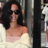Rihanna átlátszó ruhában tette közszemlére melleit