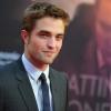 Robert Pattinson a Dior arca lett