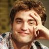 Robert Pattinson örökbe fogadott egy kutyust