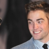Robert Pattinson Cheryl Cole-t akarja