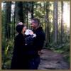 Ryan Reynolds posztolt egy közös fotót kisbabájával, kiderült a bébi neme is