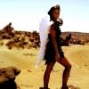 Sarah Engels angyalszárnyakat kapott