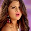 Selena dalt ír Justin Bieberről?