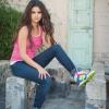 Selena Gomez az Adidast reklámozza