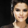Selena Gomez dobta zenekarát