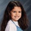 Selena Gomez édes gyerekkori fotót posztolt, amely utalhat új albumára is
