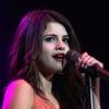 Selena Gomez igyekszik mindig magát adni