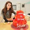 Selena Gomez másnaposan tántorgott