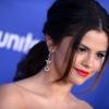 Selena Gomez összetörte a kocsiját