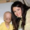 Selena Gomez meglátogatta halálos beteg rajongóját