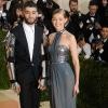 Sor került Gigi Hadid és Zayn Malik vörös szőnyeges debütálására