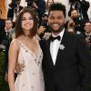 Sor került Selena Gomez és The Weeknd vörös szőnyeges debütálására