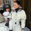 Stormi már most profibban snowboardozik, mint sok felnőtt!
