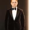 Taron Egerton barátnőjével büszkélkedett a Rocketman premierjén