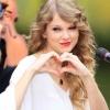 Taylor Swift jótékonykodott a legtöbbet idén
