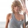 Taylor Swifttel is megtörtént, ami minden lány rémálma