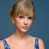 Taylor Swiftnek hatalmas a szíve