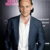 Tom Hiddleston összeköltözött barátnőjével