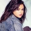 Tovább csigázza a rajongókat Selena Gomez