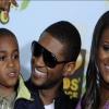 Tragédia! Usher fiát gépek tartják életben!