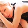 Három videoklippel rukkolt elő Ayumi Hamasaki