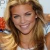 Twitteren villantott a 90210 sztárja