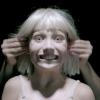 Új klippel jelentkezett Sia