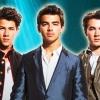Újra összeáll a Jonas Brothers