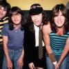 Vadonatúj videóval érkezett az AC/DC