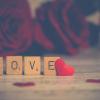 Valentin-nap celebmódra: így ünnepeltek a sztárok – 2. rész