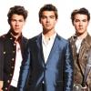 Visszatért a Jonas Brothers!