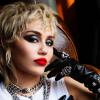 Visszatért Malibuba! Új videoklipet forgat Miley Cyrus – fotók!