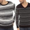 Visszatért! Miért divatos újra a V-nyakú pulóver?