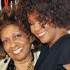 Whitney Houston anyját lánya halálhotelébe szállásolták