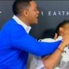 Will Smith kamerák előtt smárolta le fiát