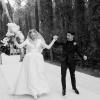 Wow! Eddig nem látott esküvői fotókat posztolt Sophie Turner