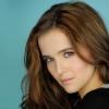 Zoey Deutch főszerepet kapott a Vámpírakadémiában