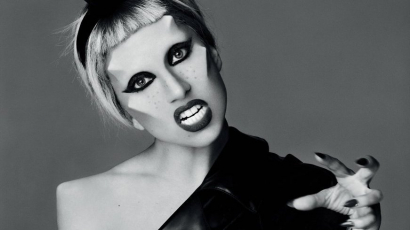 10 éves a Born This Way