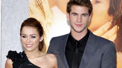 Ennyit változtak: 12 képpel emlékezünk Miley Cyrus és Liam Hemsworth kapcsolatára