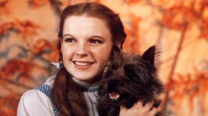 13 év után előkerült Judy Garland milliókat érő cipője, melyet az Óz, a csodák csodája forgatásán viselt