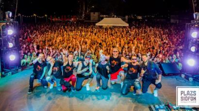 A Balaton színes zenei műsorokkal várja a nyitást