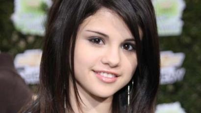 A Cosmopolitan UK interjúja Selena Gomezszel
