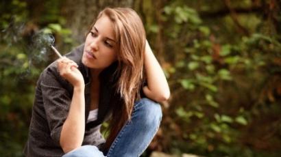 A dohányzás káros: nemcsak az emberekre, a fákra is!