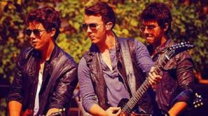 A Jonas Brothers készen áll egy új kezdetre!