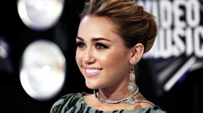 A legszebb és legrosszabb ruhákban — Miley Cyrus